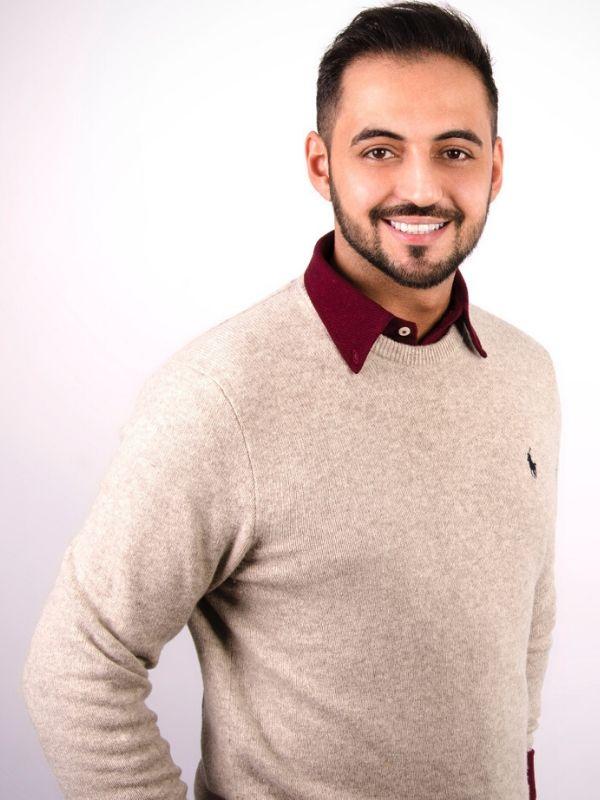 Farzam Nikravi